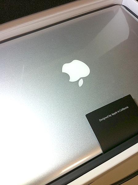 Macbook Pro 13inch (Core i5)を購入